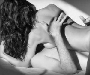 Боль при толчке во время секса