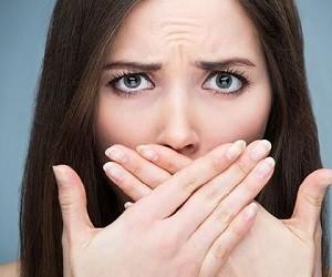 5 натуральных способов борьбы с болью в деснах