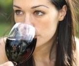 красное вино сохранит здоровье глаз