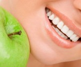 ученые назвали самый простой способ отбеливания зубов