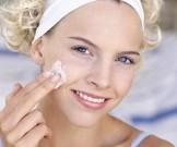 топ-5 способов очистить кожу косметики