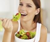 Что съесть на ночь без вреда для фигуры: 3блюда, не добавляющие веса