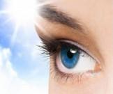 ухаживать глазами