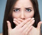 свидетельствует специфический запах изо рта