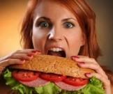 следует голодный желудок