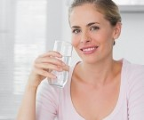 полезно пить щелочную воду