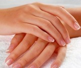 ухаживать сухой кожей рук домашних условиях